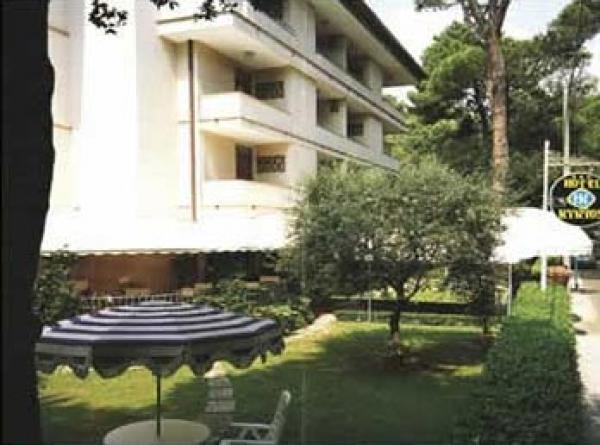 Hotel La Capannina Am Lago Maggiore